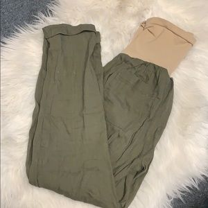 Pea in a Pod maternity cargo pants